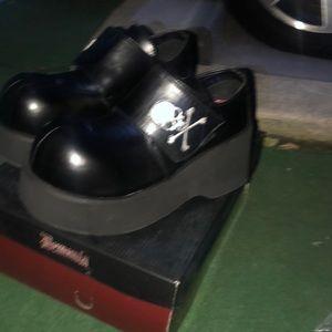 Demonia shoes new